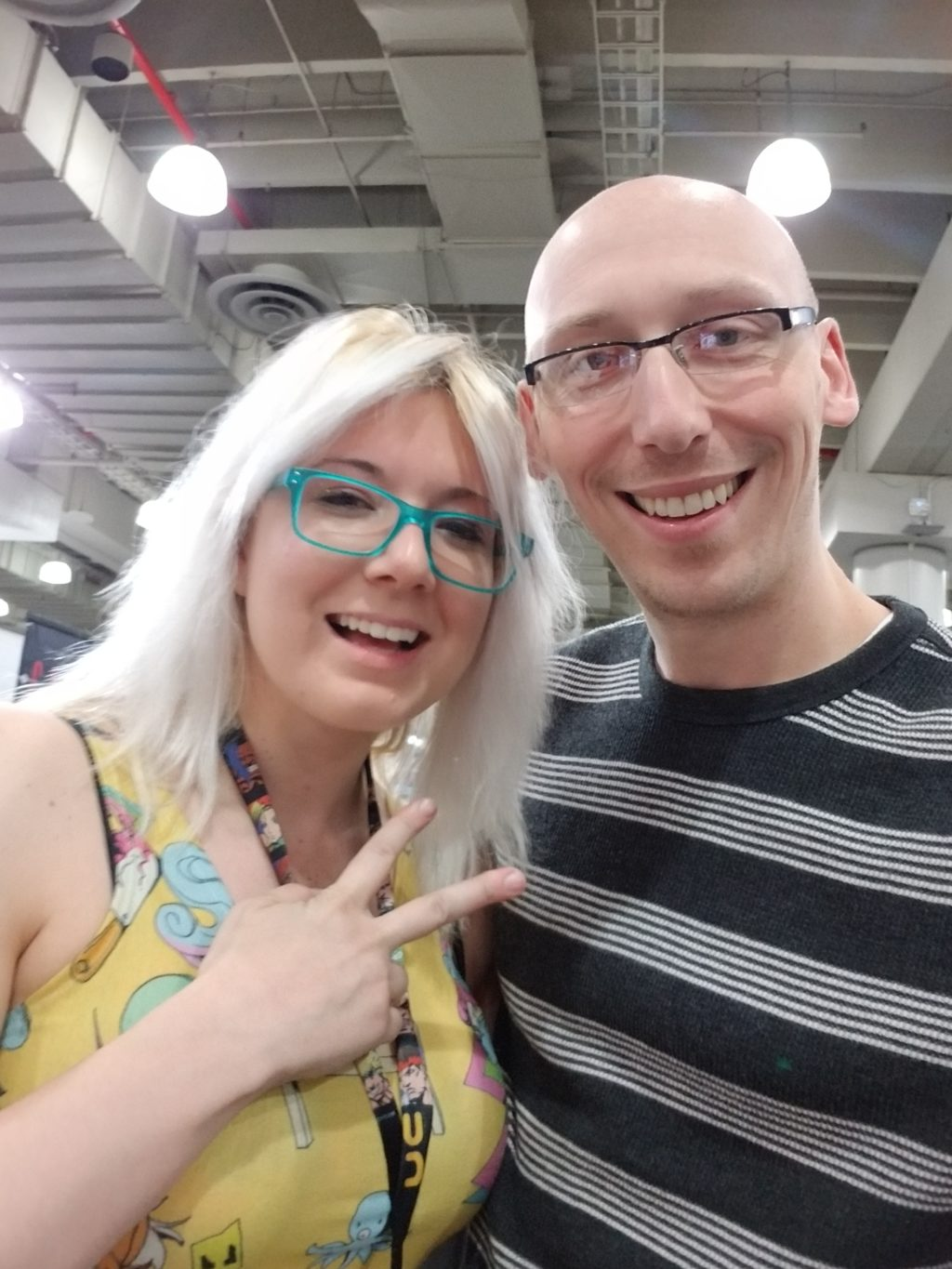ashley riot cosplay and artist with trevor mueller at nycc 2018